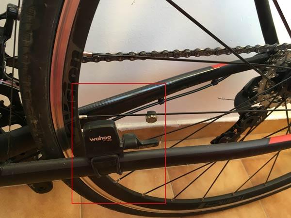 sensor de cadencia combinado wahoo blue sc ciclismo