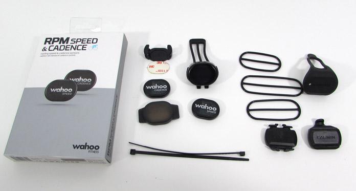 Comparativa sensores de velocidad y cadencia de Wahoo y Garmin: contenido de los packs.