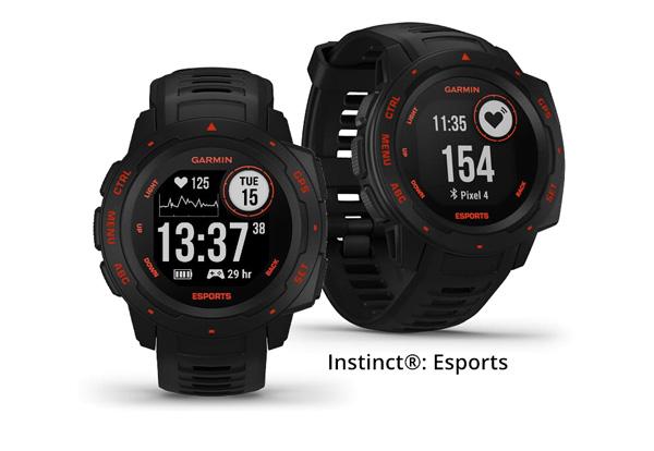 Instinct Edición ESPORTS en color negro con detalles en rojo.